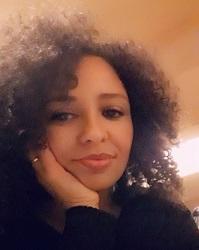 Daniela Boanares : Visiting PhD student